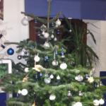 Christbaum blau und weiß